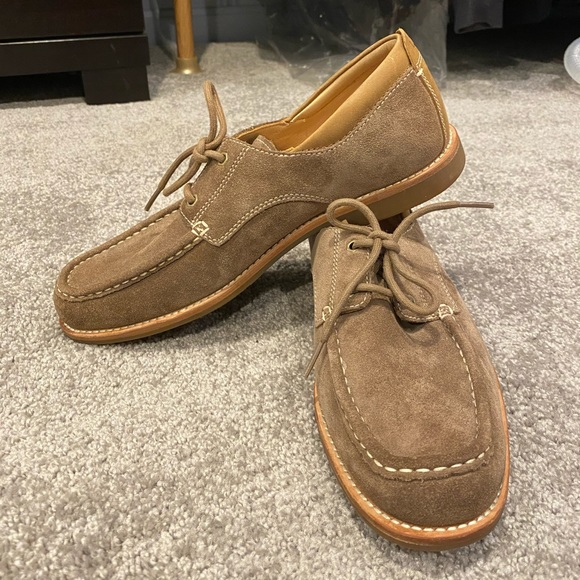 UGG Other - UGG Men's Suede Laced Oxford Shoes